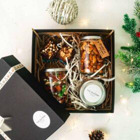 The Nuttery Christmas Hamper - Medium